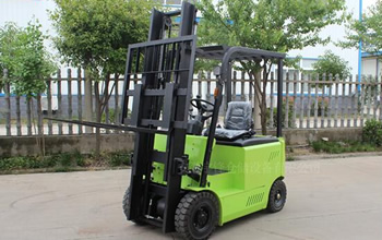 Why using solid tires for electric forklifts