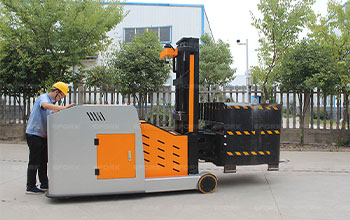Heavy Load Transport AGV electric pallet stacker video
