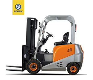 Four wheel Electric Counterbalanced Forklift